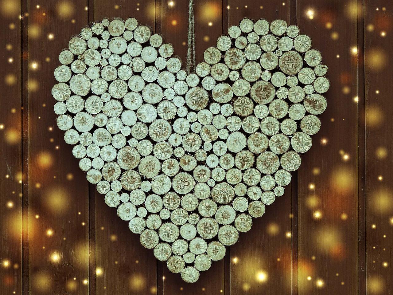 Herz_aus_Holz